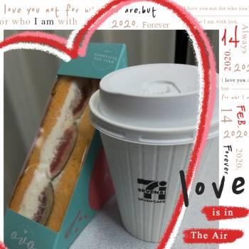 無花果サンドとコーヒー♪(2020/10/23 11:05)三井 あかねのブログ画像