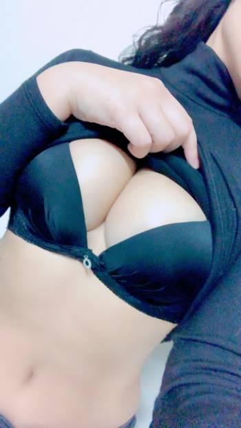 本日出勤致しております(2021/02/05 13:40)永峰 あさみのブログ画像
